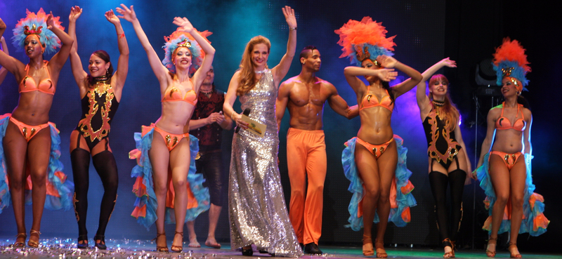 Carmen Franke moderiert die Silvestergala in Tropical Islands